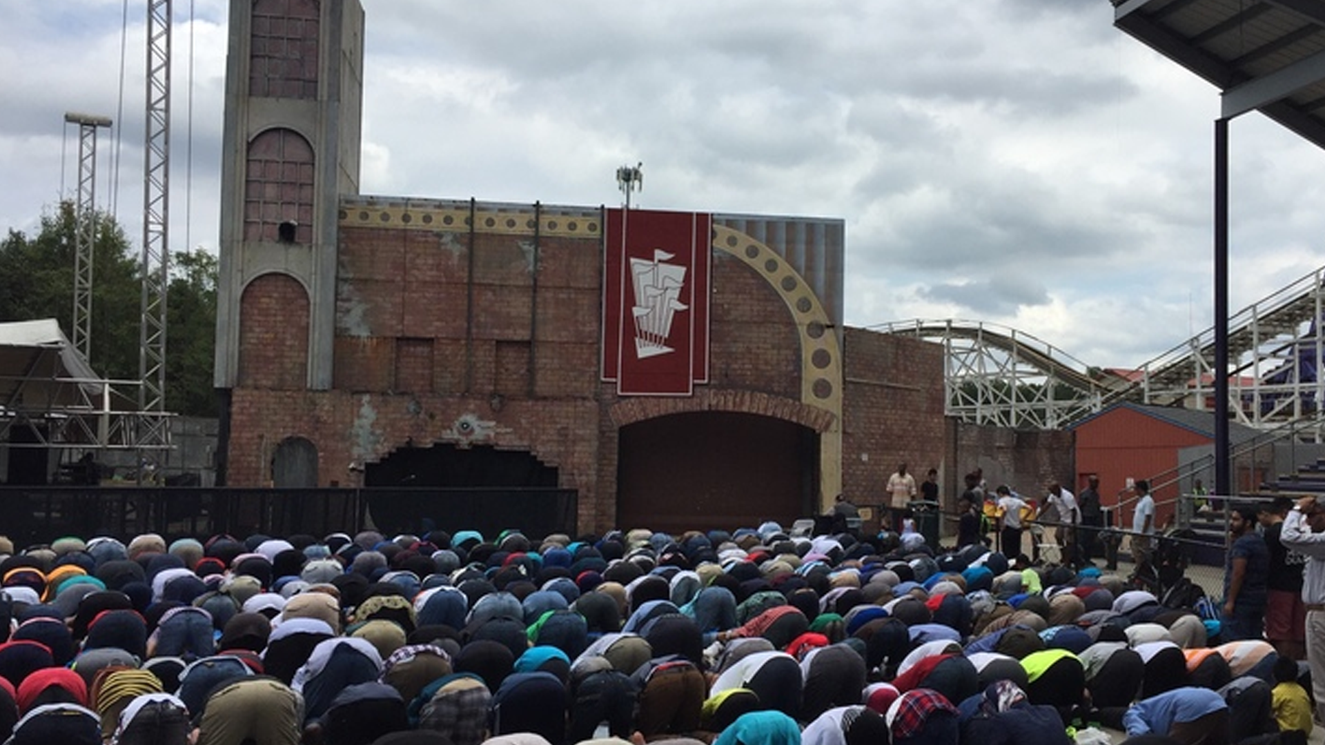 ICNA's Muslim Family Day- Six Flags America